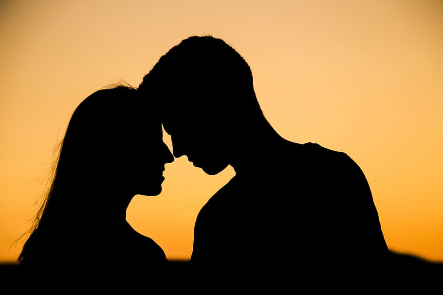 What is synastry love? about expect from your relationships